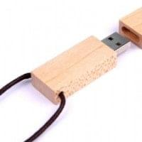 USB ključki USB ključ iz lesa
