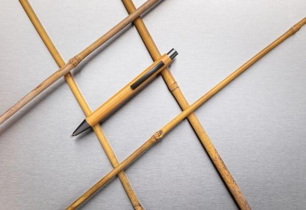Pisala Tanko bambusovo pisalo