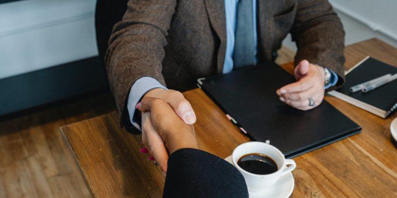 10 razlogov, zakaj so poslovni odnosi pomembnejši kot prodaja sama